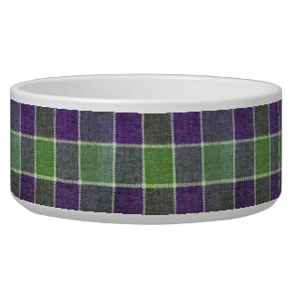 緑および紫色の格子縞のウールの生地の質