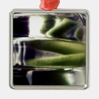緑および紫色ガラス メタルオーナメント
