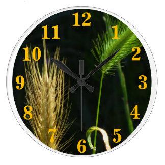 緑および金ゴールドの草 ラージ壁時計