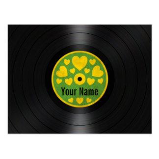 緑および黄色のハートの名前入りなレコード ポストカード