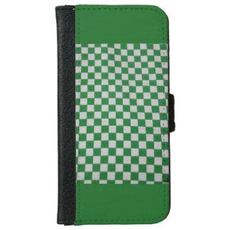 緑によって点検されるiPhoneの場合 iPhone 6/6s ウォレットケース