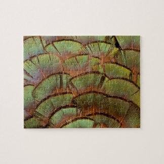 緑によって送風されるキジの羽 ジグソーパズル