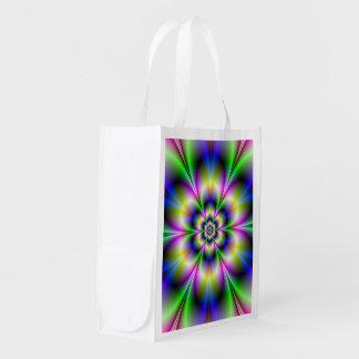 緑のすみれ色および青の花の買い物袋 エコバッグ