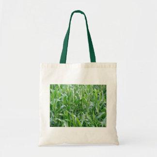 緑のとうもろこし畑のトートバック トートバッグ