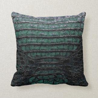 緑のわにプリントの枕#1 クッション