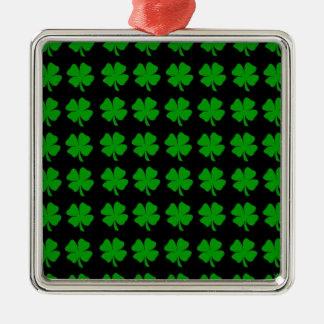 緑のアイルランド人4の葉のクローバーのデザイン-媒体 メタルオーナメント