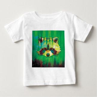 緑のアライグマ ベビーTシャツ
