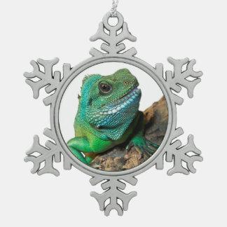 緑のイグアナ スノーフレークピューターオーナメント