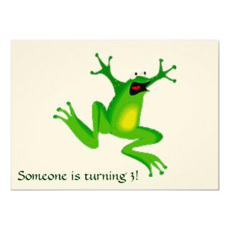 緑のカエルおよび文字を持つ招待状 カード