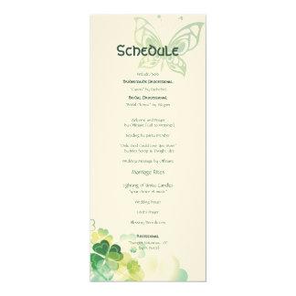 緑のクローバーおよび蝶コーナーのスケジュール カード