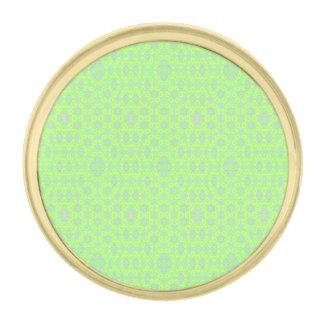 緑のクールで粋なパターン ゴールド ラペルピン