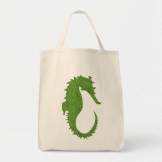 緑のコケのタツノオトシゴ トートバッグ