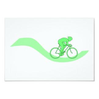 緑のサイクリストのデザイン カード