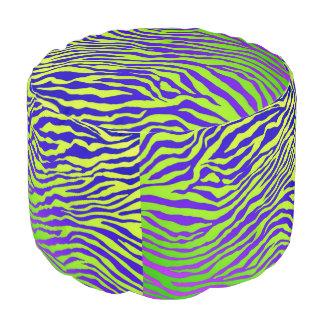 緑のシマウマ プーフ