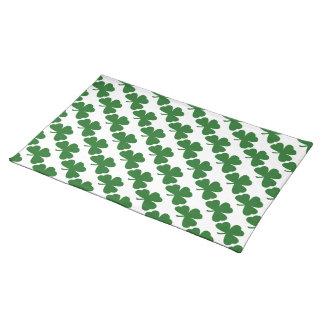 緑のシャムロックのクローバーパターンセントパトリックの日 ランチョンマット