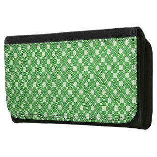 緑のシャムロック4の葉のクローバーのハートパターン