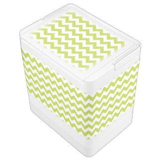 緑のジグザグ形のストライプなシェブロンパターン IGLOOクーラーボックス