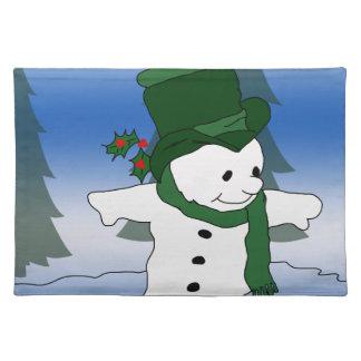 緑のスケートで滑るの雪だるま ランチョンマット
