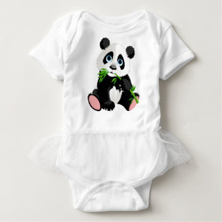 緑のタケを食べている白黒パンダくま ベビーボディスーツ