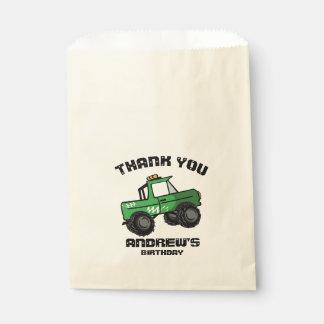 緑のトラックの誕生日のモンスタートラック フェイバーバッグ