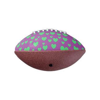 緑のハートの小型フットボール アメリカンフットボール