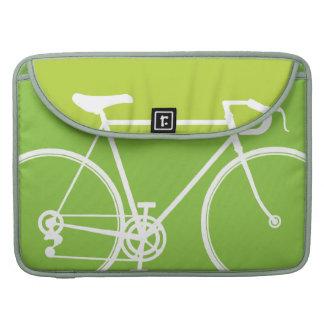 """緑のバイクのデザインMacbookプロ15""""ラップトップの箱 MacBook Pro スリーブ"""