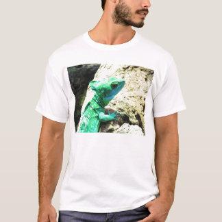 緑のバジリスクのトカゲ Tシャツ