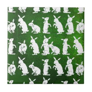 緑のバニーのヴィンテージのイラストレーション タイル