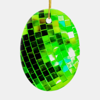 緑のファンキーなディスコの球 セラミックオーナメント