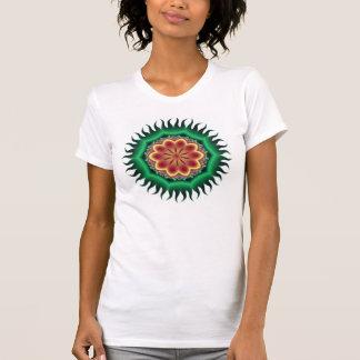 緑のファンタジーの花 Tシャツ