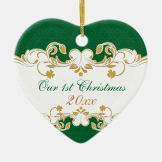 緑のホワイトゴールドスクロール、シャムロックの第1クリスマス セラミックオーナメント