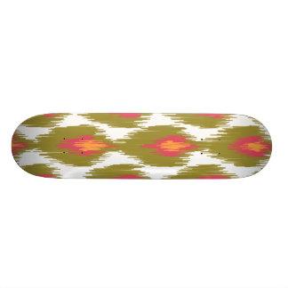 緑のマゼンタの抽象芸術の種族のイカットのダイヤモンドパターン スケートボード