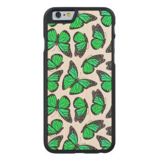 緑のマダラチョウパターン ケース
