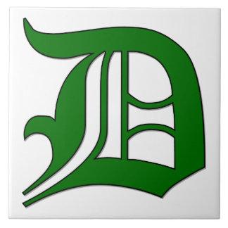 緑のモノグラムのタイルの免状の手紙D タイル