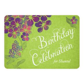 緑のリネンカスタムな誕生日の招待のバイオレット カード