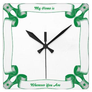 緑のリボンの正方形の時計 スクエア壁時計