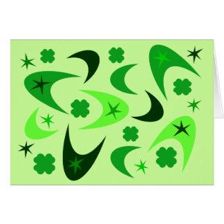 緑のレトロのブーメラン及びシャムロック カード