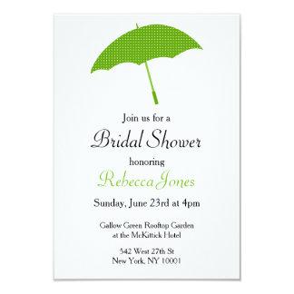 緑の傘のブライダルシャワーの招待状 8.9 X 12.7 インビテーションカード