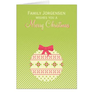 緑の名前入りなクリスマスのオーナメント カード
