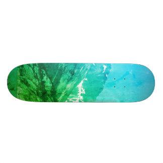 緑の夏山のスケートボード カスタムスケートボード