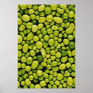 緑の小石のクローズアップ ポスター