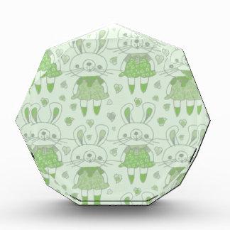 緑の幸せなバニー 表彰盾