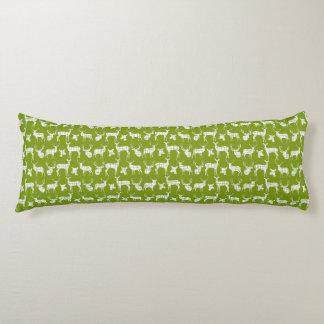 緑の抱き枕の素朴なシルエットのシカ ボディピロー