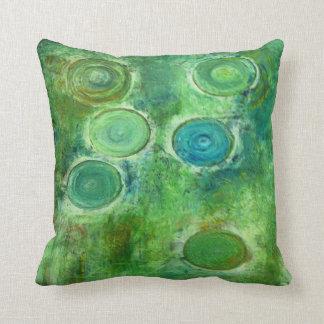 緑の旧式な円 クッション