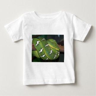 緑の木の大蛇 ベビーTシャツ