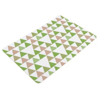 緑の木の緑葉カンランの緑の草木の三角形の幾何学的なモザイク フロアマット