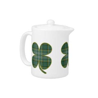 緑の格子縞のシャムロックの茶ポット
