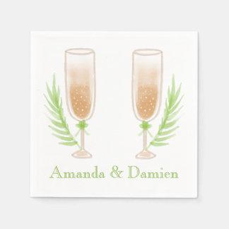 緑の水彩画のワイングラスの名前入りな結婚式 スタンダードカクテルナプキン