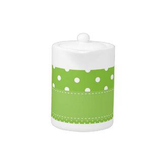 緑の水玉模様