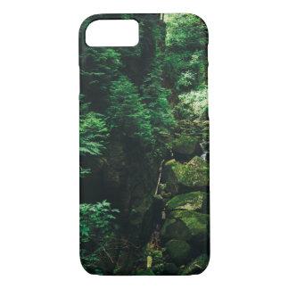 緑の滝の景色、自然の写真 iPhone 8/7ケース